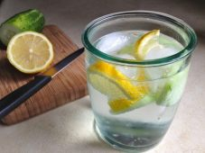 Cucumber-Water-Photo